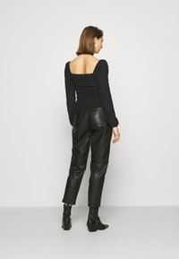 Nly by Nelly - SHEER TOUCH TOP - Long sleeved top - black - 2