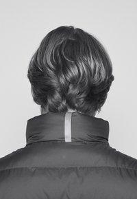 Polo Ralph Lauren - DENVER VEST - Waistcoat - dark sage/slicker yellow - 5