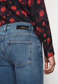 Won Hundred - BEN - Relaxed fit jeans - true blue - 5