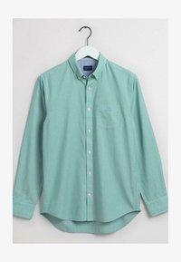 GANT - BROADCLOTH - Shirt - lush green - 0