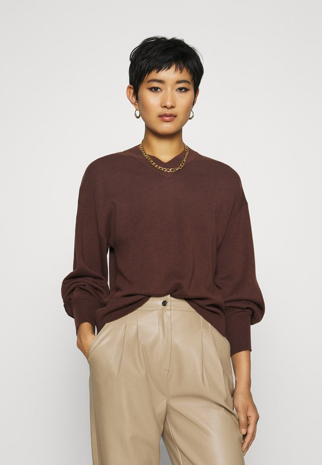 WANETTA V-NECK - Jumper - coffee brown