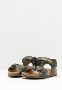 Geox - GHITA BOY - Sandals - military - 3