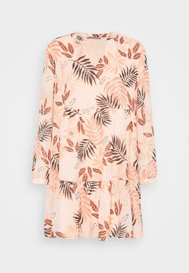 Korte jurk - pink/khaki