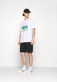 K-Way - ERIK - Shorts - black pure - 1