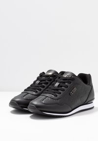 Guess - CHARLIN - Zapatillas - black - 4