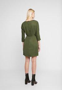 Another-Label - LYNCH DRESS - Shirt dress - rifle green - 2