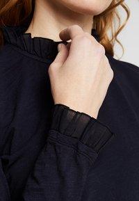 Rich & Royal - SLUB FRILL - Long sleeved top - deep blue - 6