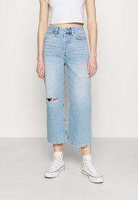 Even&Odd - Wide leg cropped jeans - Straight leg jeans - light blue denim - 0