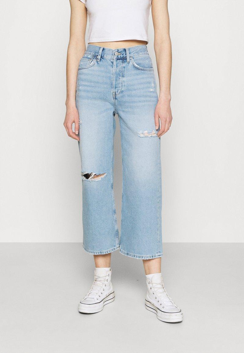 Even&Odd - Wide leg cropped jeans - Straight leg jeans - light blue denim