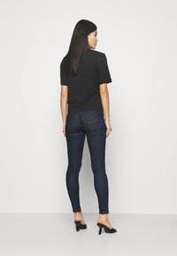 Marks & Spencer London - CARRIE  - Skinny džíny - dark blue denim - 2