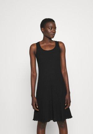 SLEEVELESS DRESS - Pletené šaty - black beauty