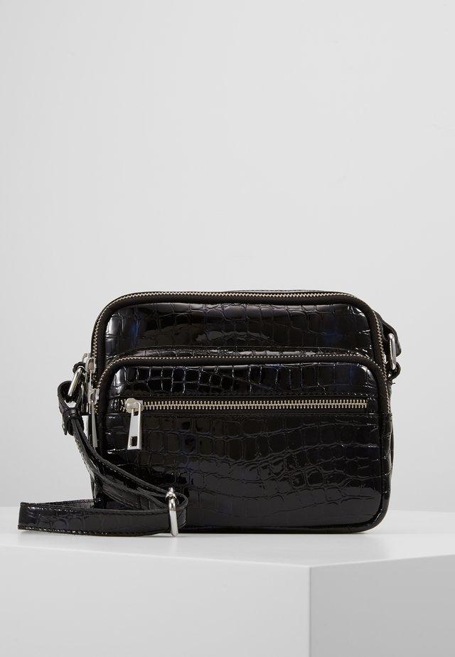 MINI KAZUKO - Across body bag - black