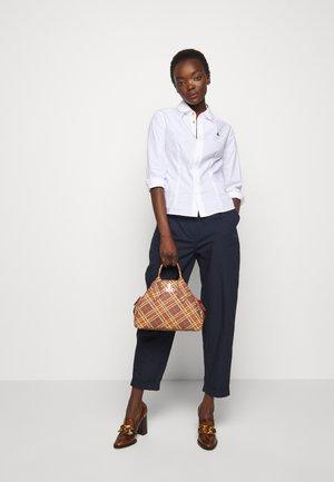 DERBY MEDIUM YASMINE - Handbag - brown