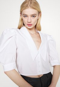 Gina Tricot - SALENA BLOUSE - Button-down blouse - white - 5