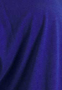 Anna Field Curvy - Basic T-shirt - blue - 4