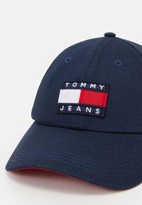 Tommy Jeans - TJM HERITAGE CAP UNISEX - Keps - blue - 4
