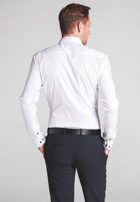 Eterna - SUPER-SLIM - Formal shirt - weiß - 1