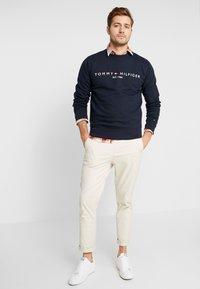 Tommy Hilfiger - LOGO  - Sweatshirt - blue - 1
