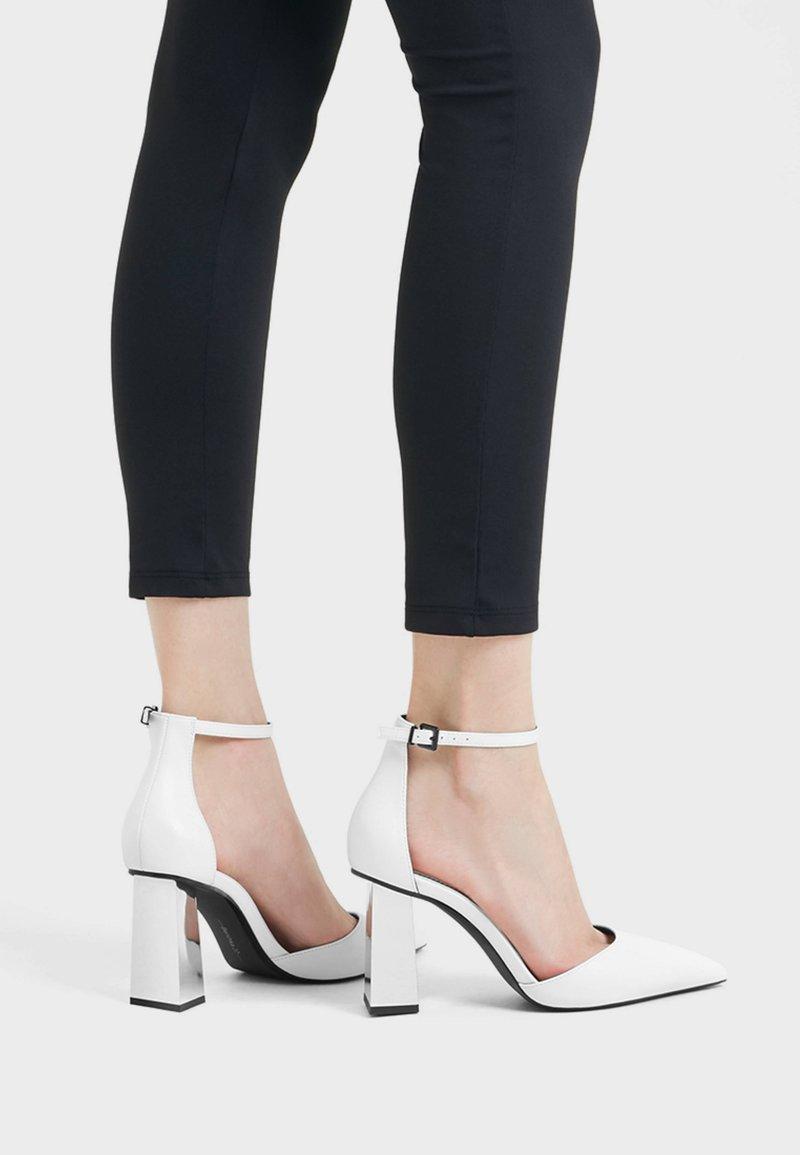 Bershka - Bridal shoes - white