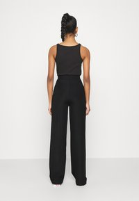 Nly by Nelly - WIDE POCKET PANTS - Broek - black - 2