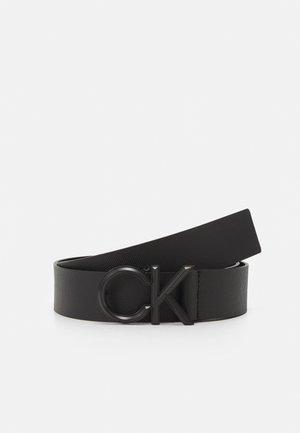 SPIKED - Belt - black