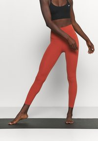 Nike Performance - THE YOGA LUXE 7/8 - Tights - rugged orange/light sienna - 0
