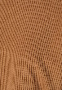 Vero Moda - VMWAFFLE  - Sweatshirt - tawny brown - 2