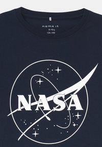 Name it - NKMNASA LUCAS  - Print T-shirt - dark sapphire - 2