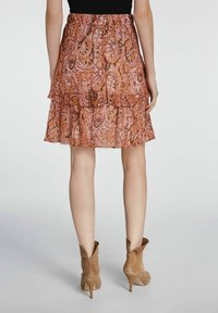 SET - MIT PRINT - Pleated skirt - red yellow - 2