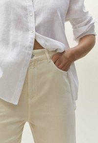Massimo Dutti - Straight leg jeans - beige - 3
