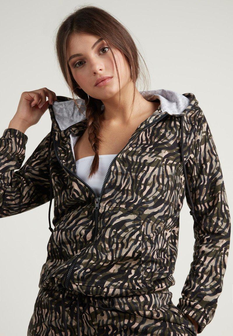 Tezenis - Zip-up hoodie - st.military animalier