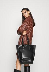 By Malene Birger - MIA TOTE - Shopping Bag - black - 0