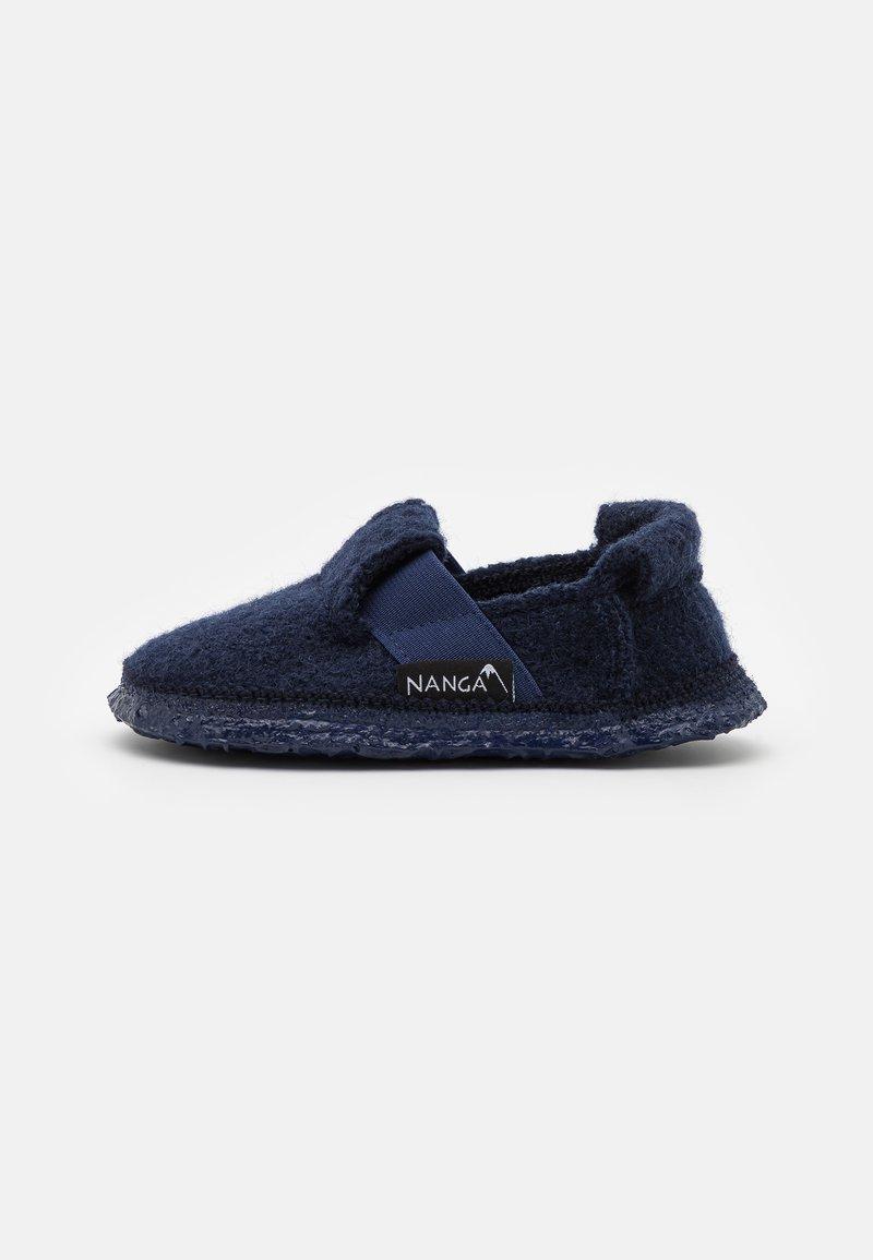 Nanga - MOUNTAIN - Slippers - dunkelblau