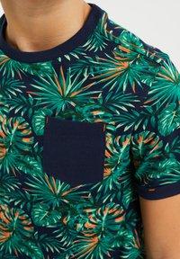 WE Fashion - MET BLADERENDESSIN - T-shirt print - multi-coloured - 2