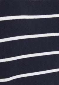 Vero Moda - VMALMA BOATNECK - Jumper - navy blazer/snow white/gold - 2