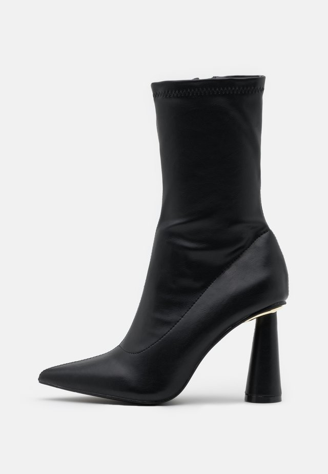 LAUREN - High heeled ankle boots - black