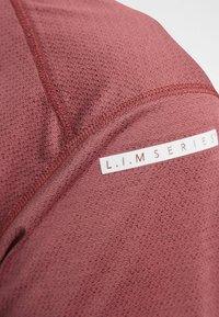Haglöfs - L.I.M STRIVE TEE - Print T-shirt - maroon red - 3