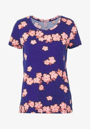 PRINTED BOXY FIT TEE - T-shirt print - blue/pink