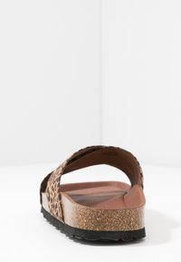 Grand Step Shoes - LOLA - Mules - brown - 5