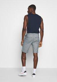 TOM TAILOR DENIM - Shorts - mottled light blue - 2