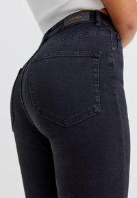 PULL&BEAR - Jeans Skinny Fit - mottled black - 4