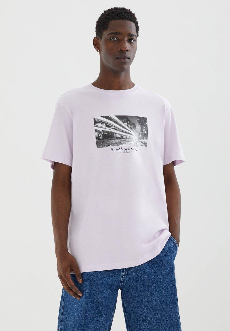 PULL&BEAR - Print T-shirt - mauve