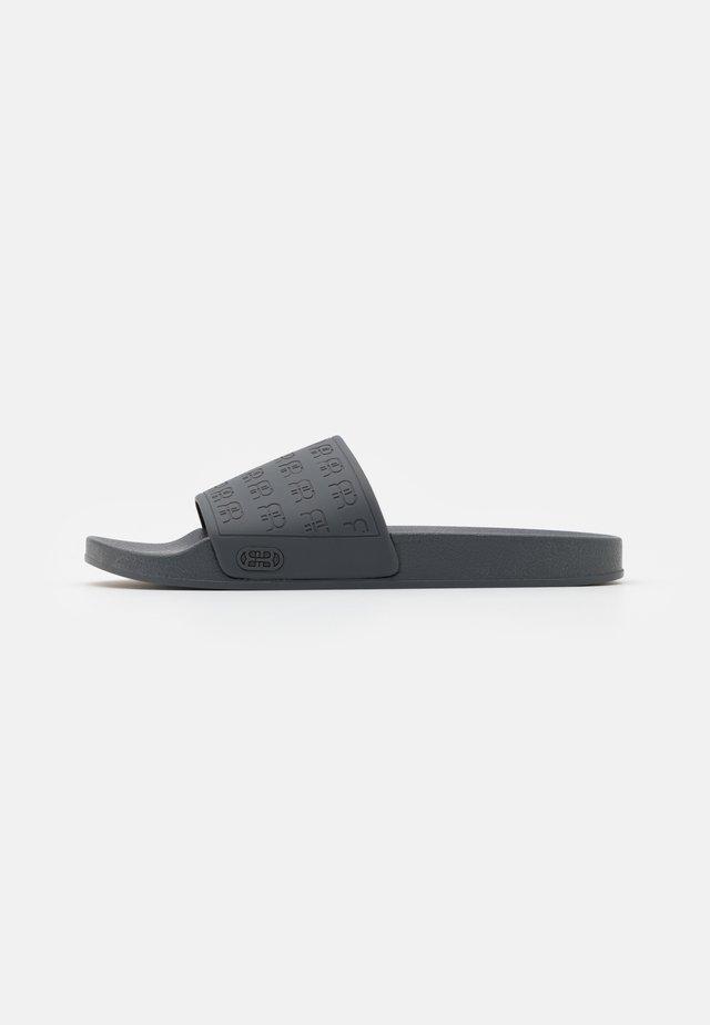 Sandály do bazénu - slate