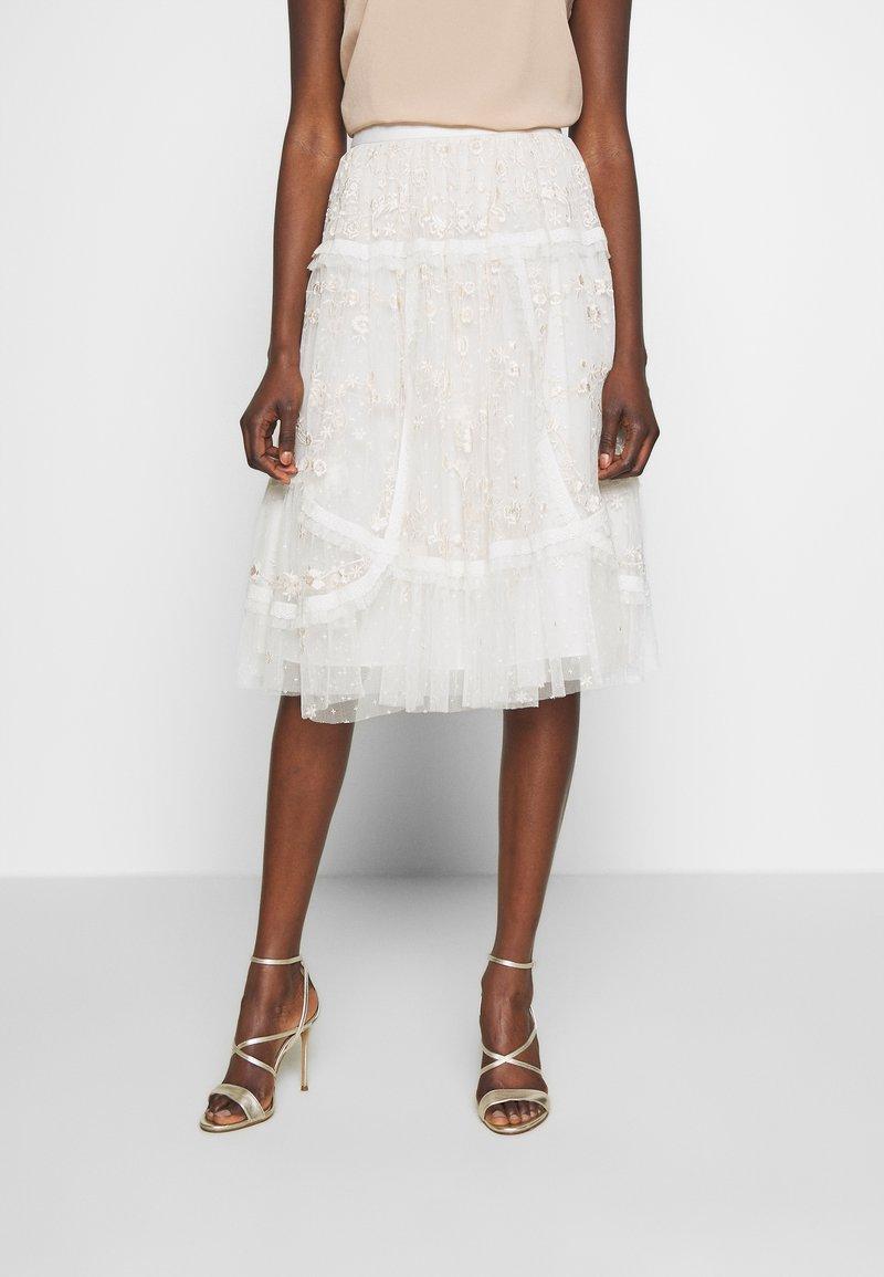 Needle & Thread - PENNYFLOWER EXCLUSIVE - Áčková sukně - moonshine white