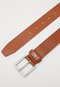 Tommy Hilfiger - URBAN DENTON - Belt - brown - 3