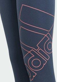 adidas Performance - ADIDAS ESSENTIALS LOGO 7/8 LEGGINGS - 3/4 sports trousers - blue - 3