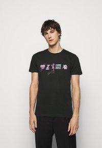 PS Paul Smith - Print T-shirt - black - 0