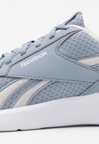 Reebok - LITE 2.0 - Neutral running shoes - metallic grey/glass pink/white - 5