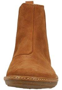 El Naturalista - Classic ankle boots - wood - 5