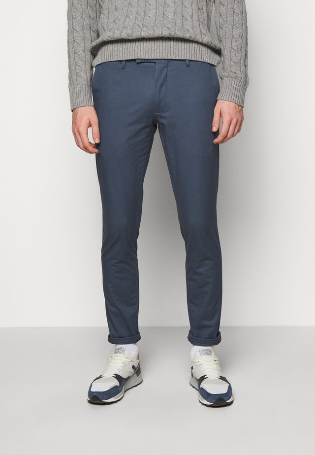 TAILORED PANT - Pantalones chinos - blue corsair